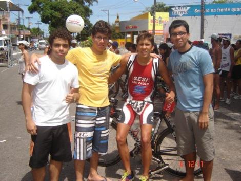 Nada menos do que 22 atletas paraenses estão inscritos para a disputa da  terceira etapa da Copa Brasil de Triathlon que acontecerá em Manaus no  próximo ... ec05b04611343